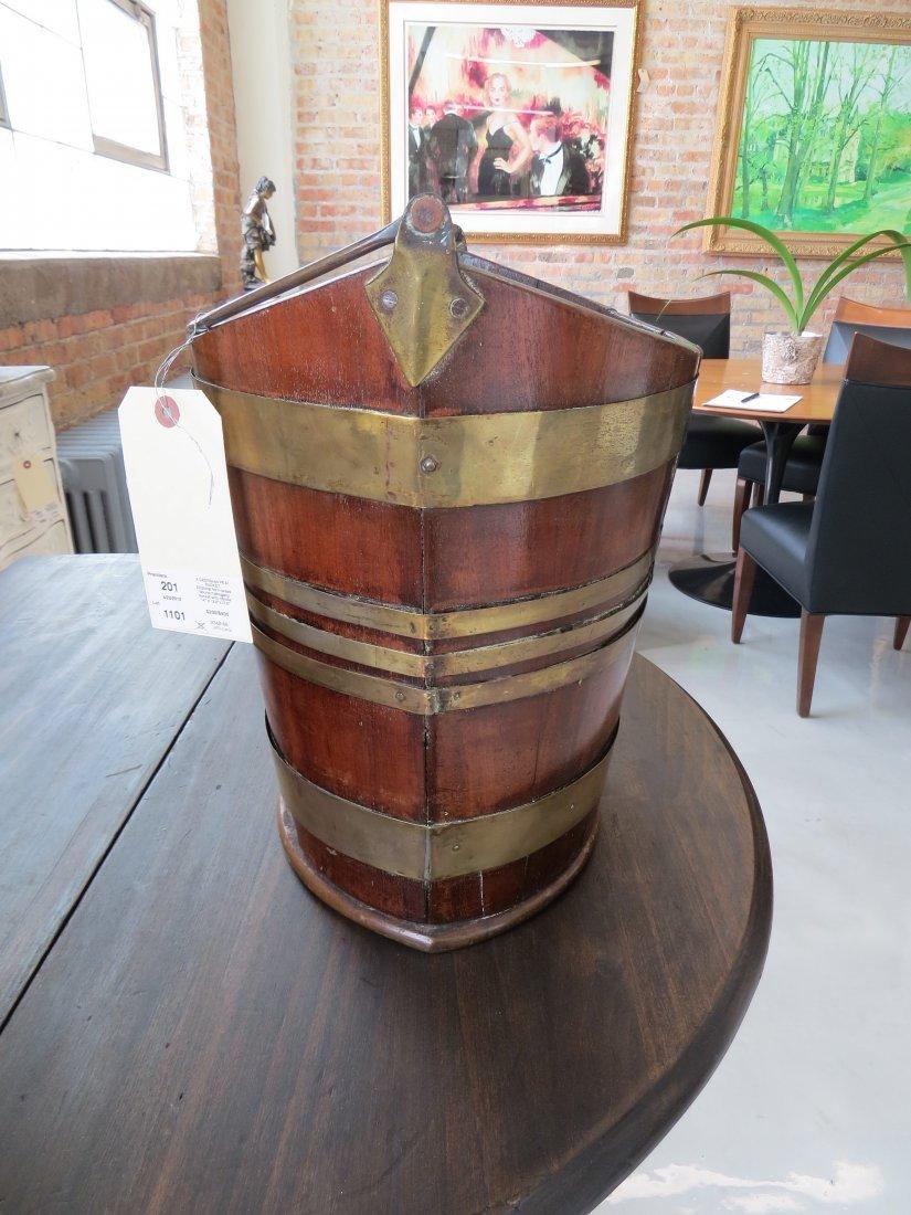 A Georgian Peat Bucket. - 3