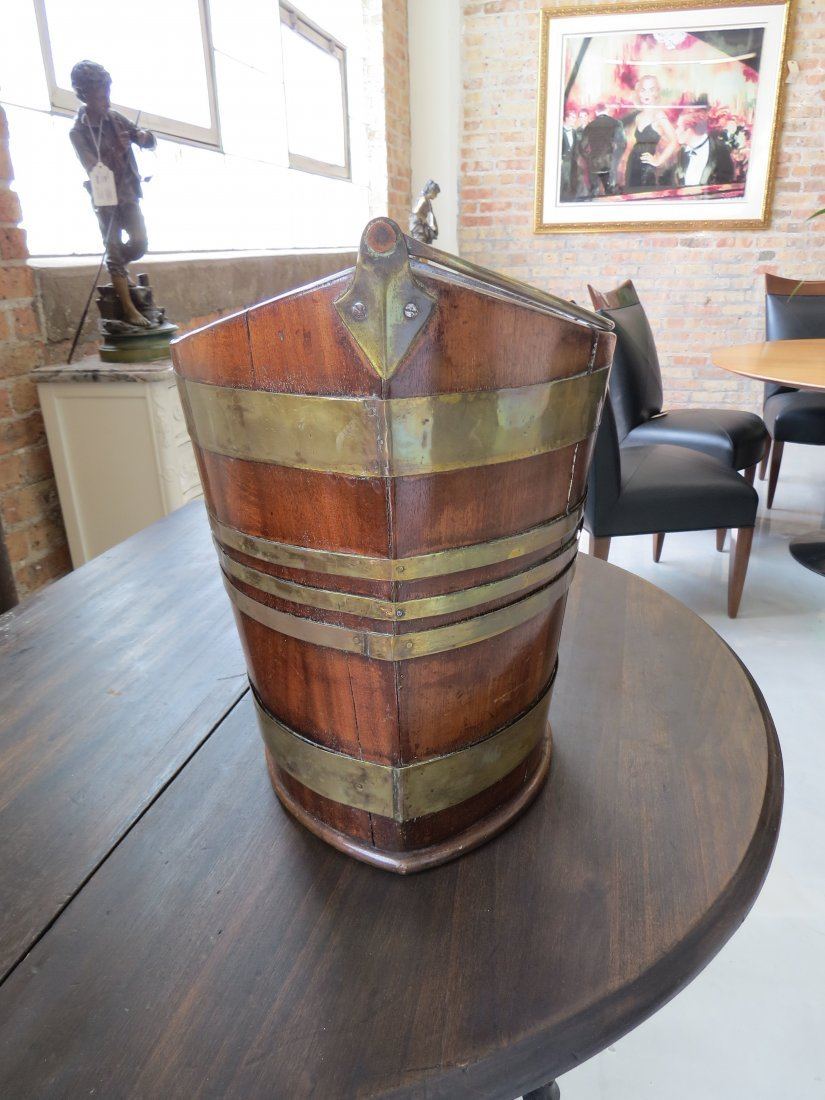 A Georgian Peat Bucket. - 5