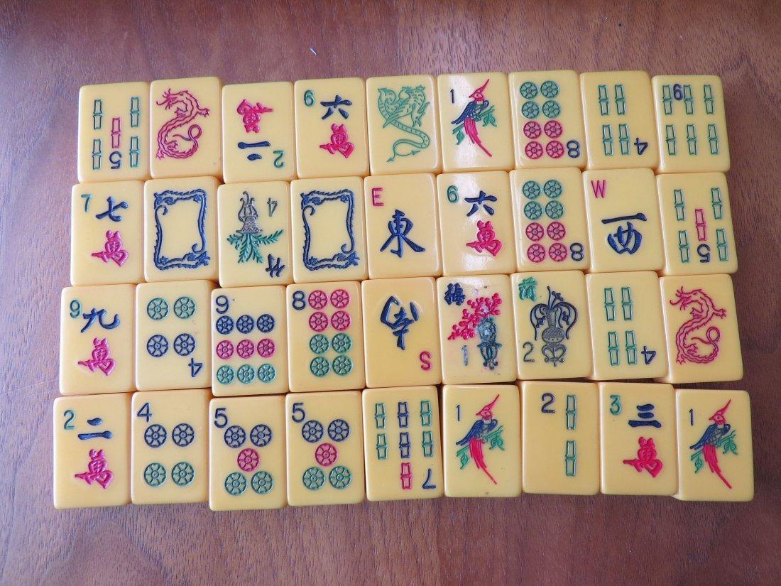 A Bakelite Mahjong Set. - 3