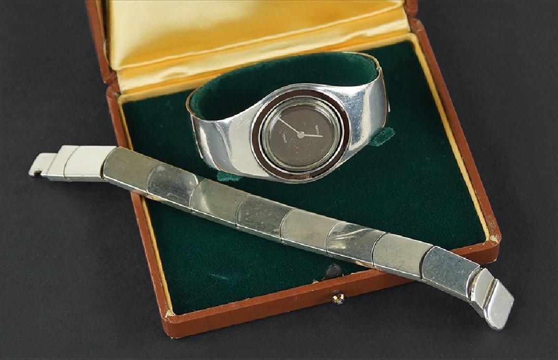 A Gucci Sterling Silver Bracelet.