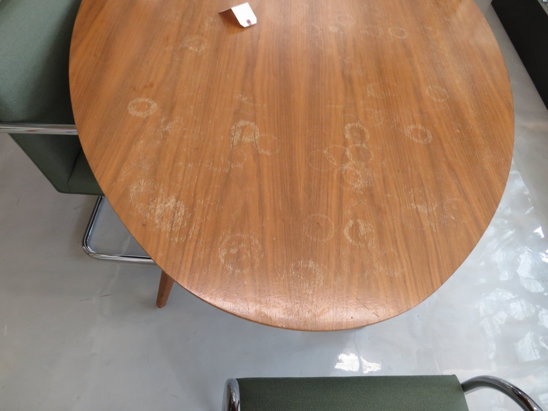 A Knoll Elliptical Table. - 3