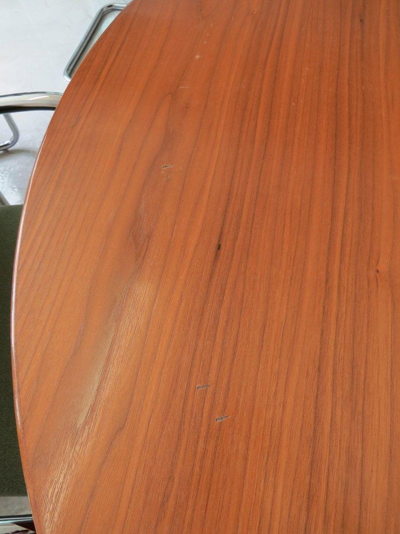 An Eero Saarinen for Knoll 'Tulip' Table. - 3