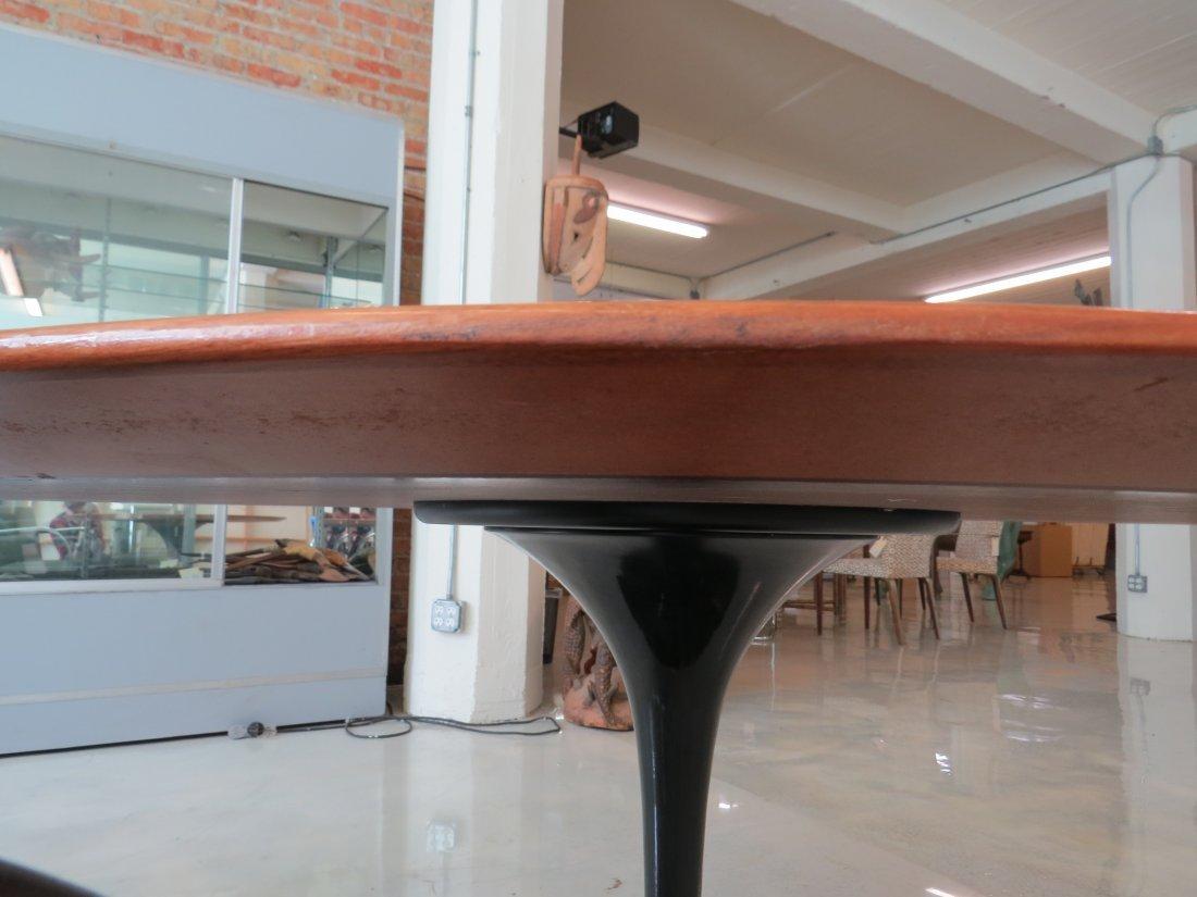 An Eero Saarinen for Knoll 'Tulip' Table. - 8