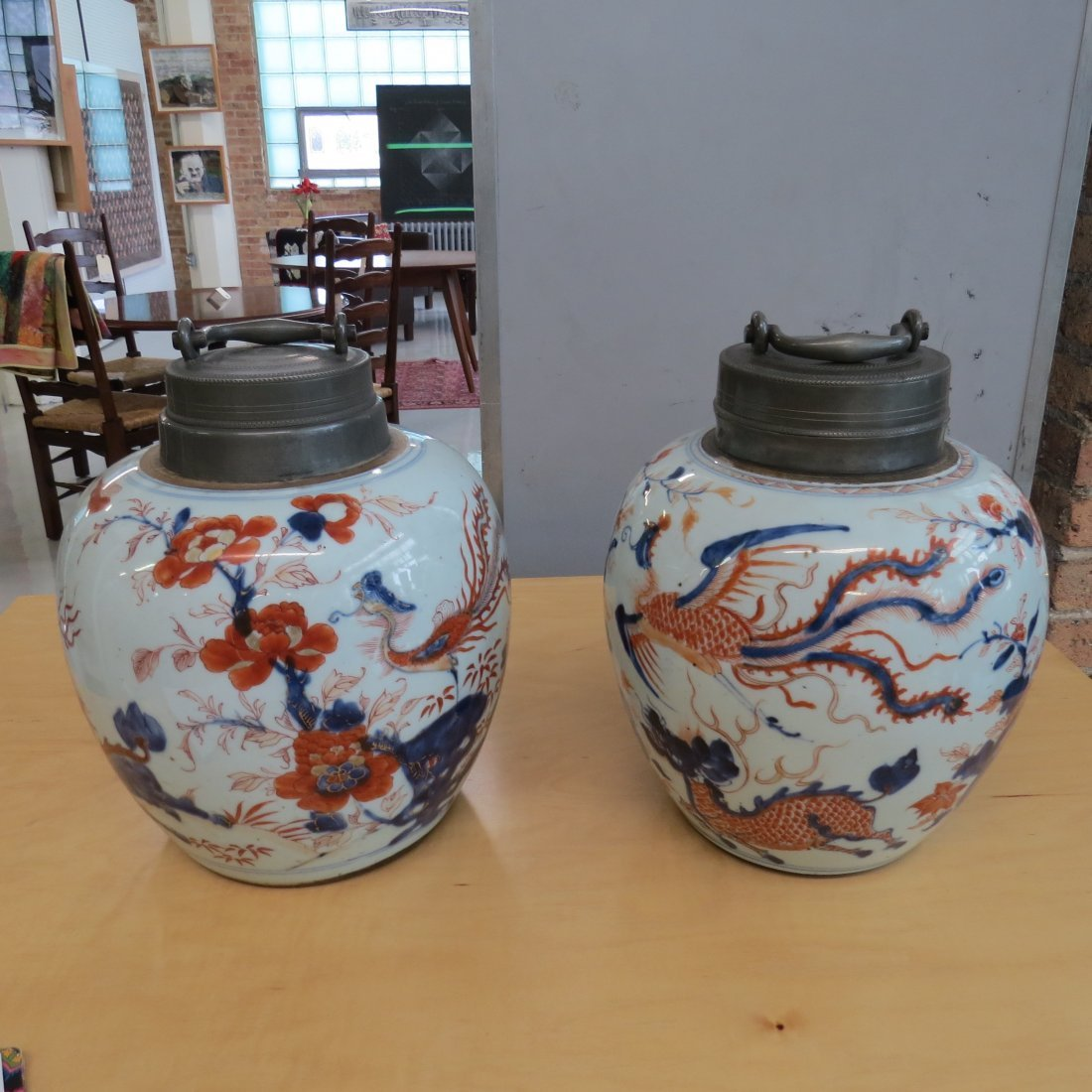 A Pair of 18th Century Chinese Porcelain Tea Caddies. - 2