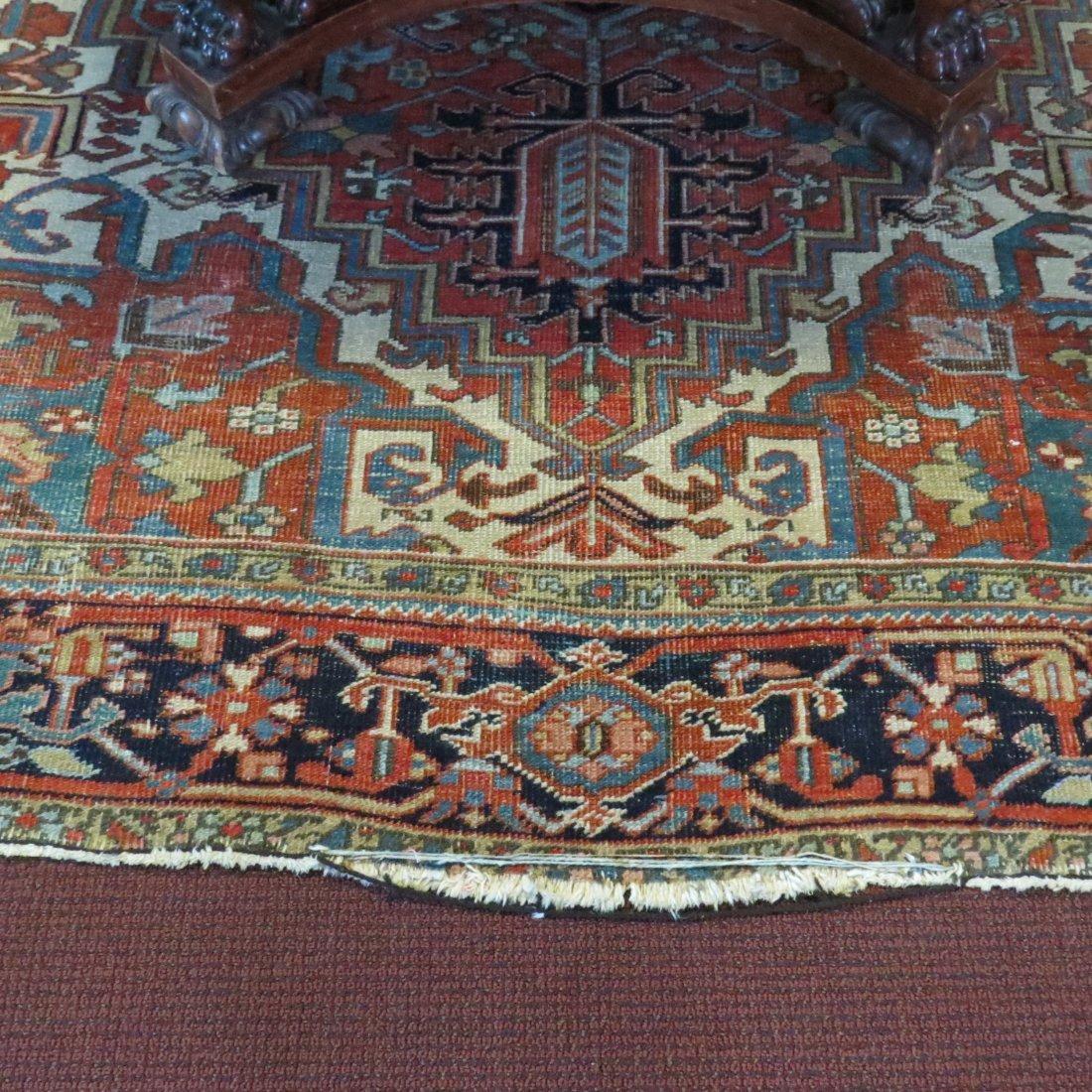 A Heriz Carpet. - 4