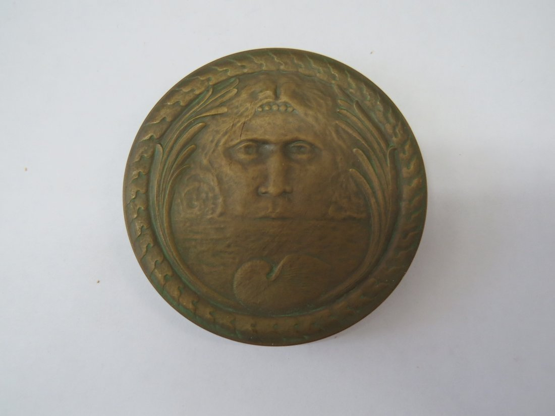 A Set of Cast Bronze Medals Issued by The Circle of - 10