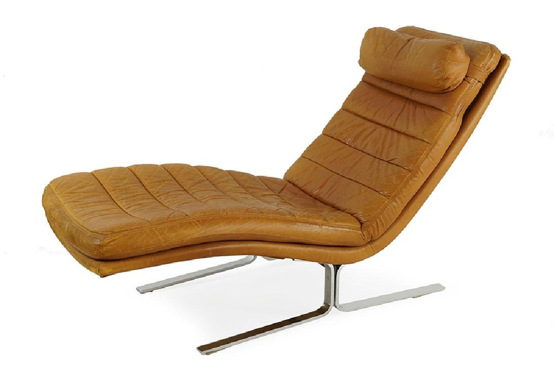 A Walter Knoll for Brayton Leather Chaise Longue.