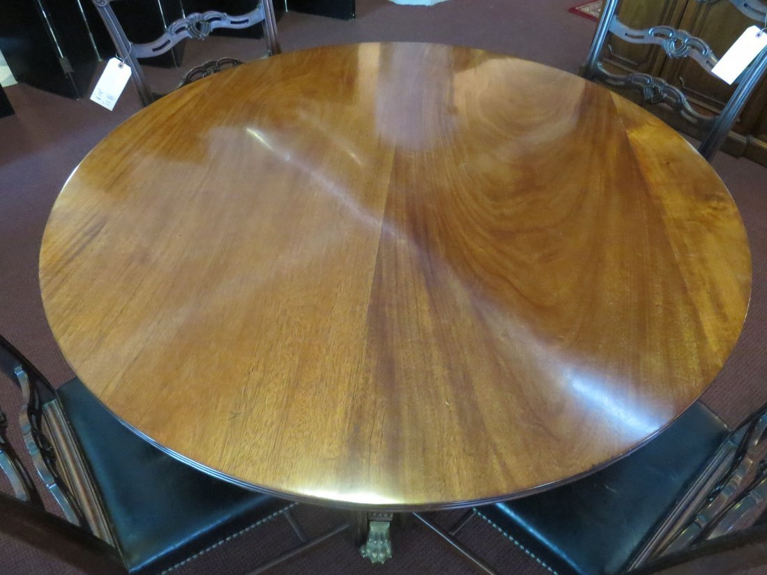 A Regency Style Dining Table. - 2