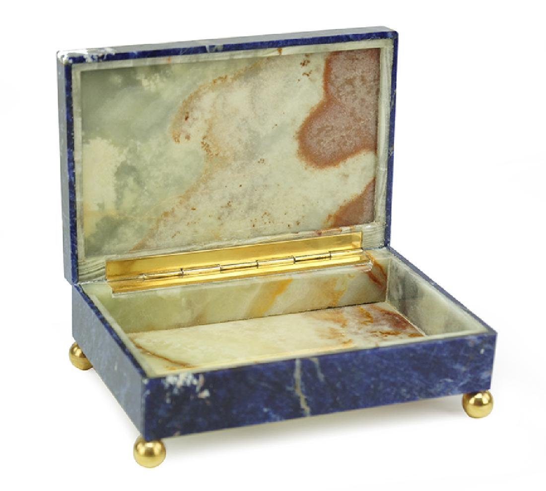 A Lapis And Onyx Box. - 2