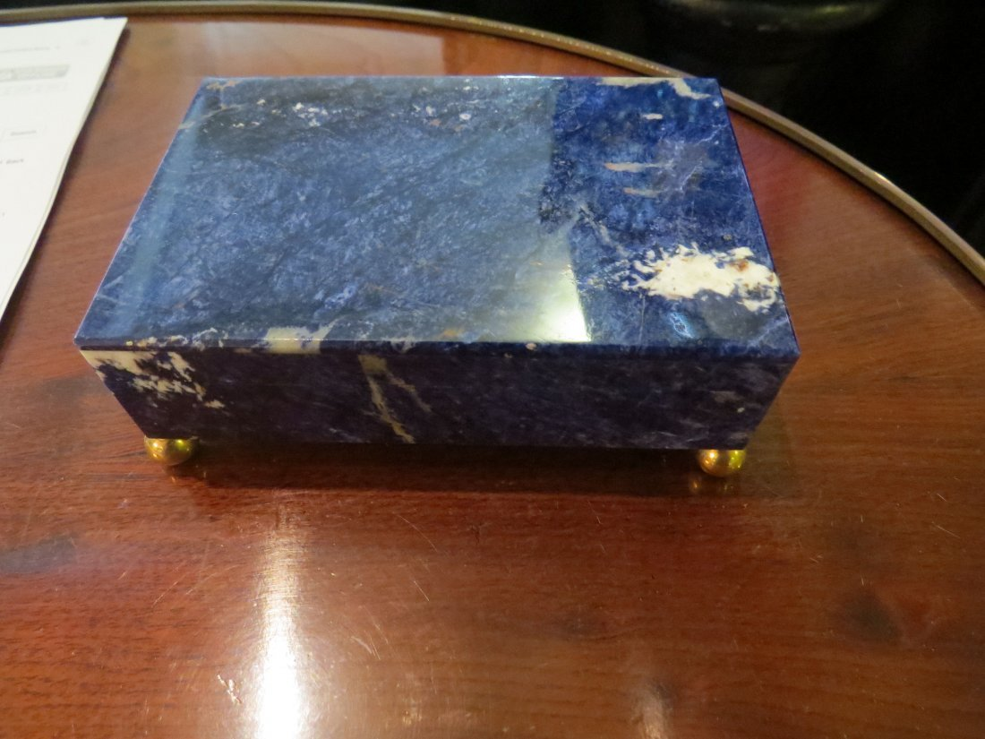 A Lapis And Onyx Box. - 3