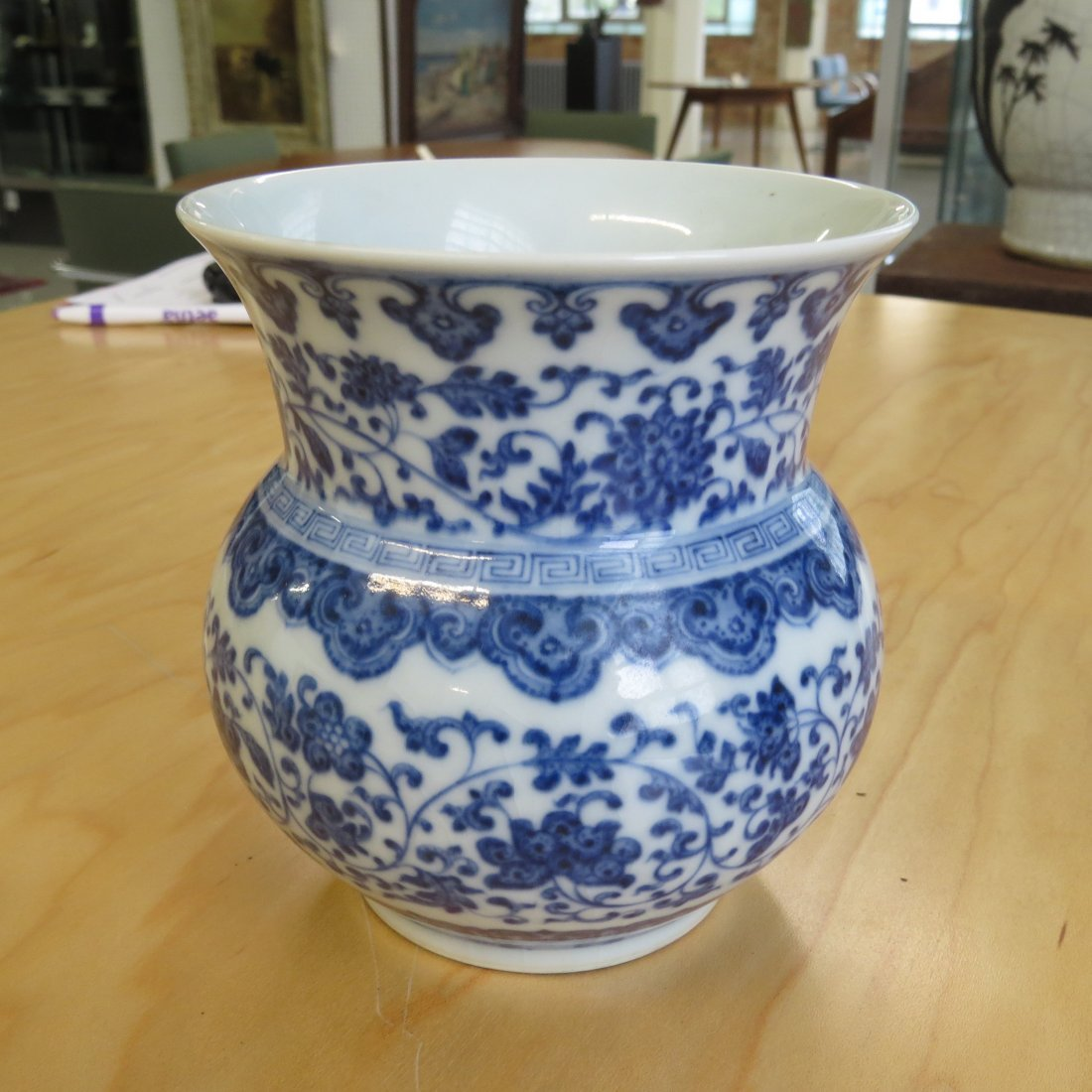 A Chinese Blue and White Porcelain Vase. - 2