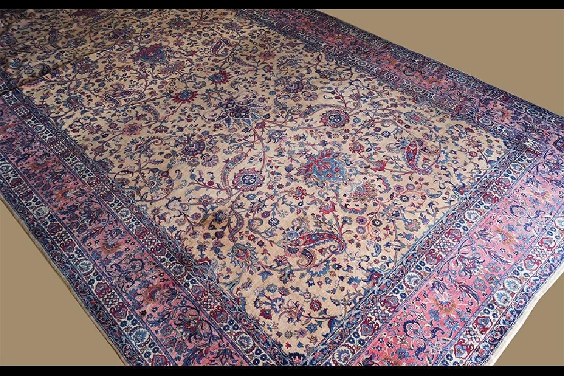A Persian Isfahan Carpet. - 2