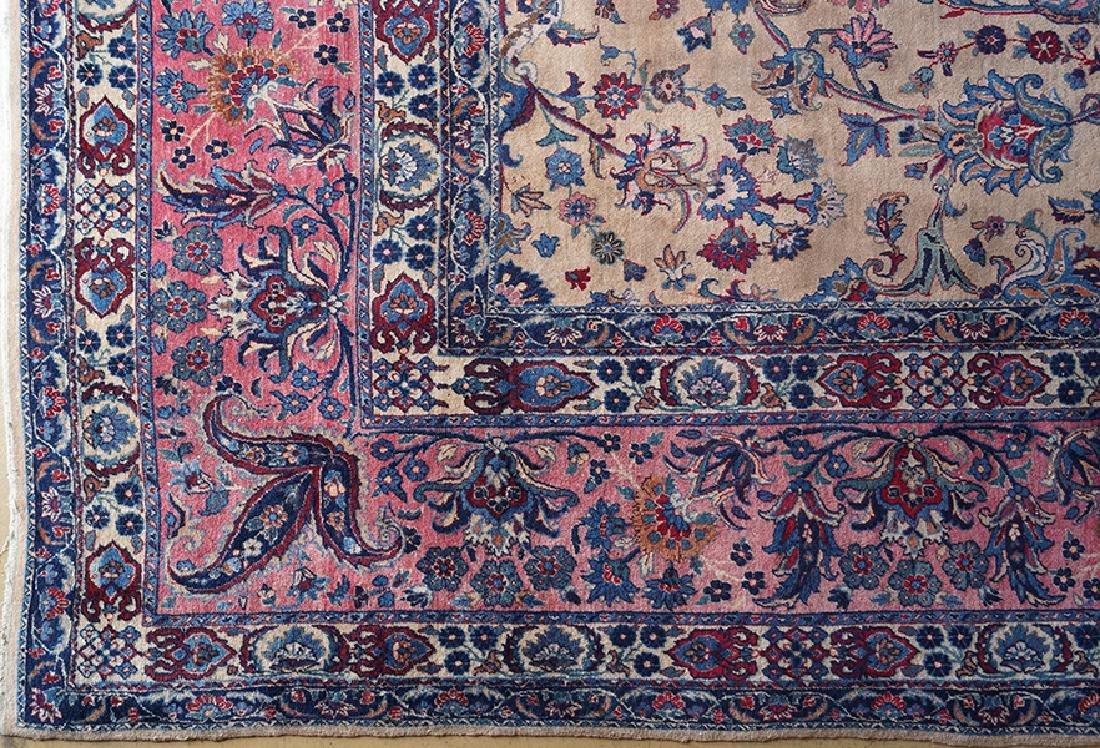 A Persian Isfahan Carpet. - 3