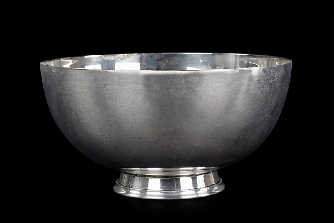 An American Sterling Silver Bowl.