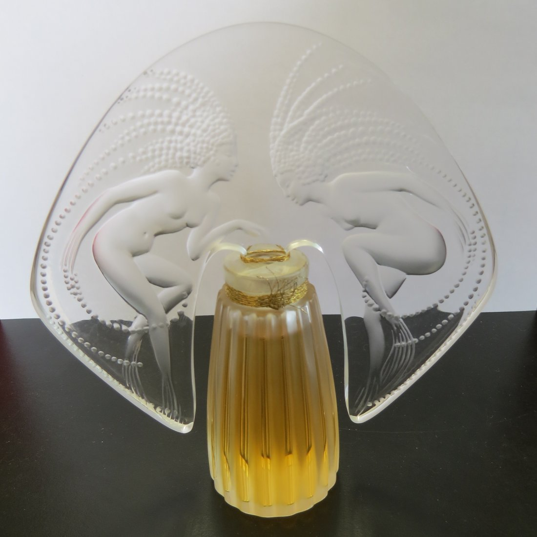 A Lalique Frosted and Clear Crystal 'Ondines' Perfume - 3