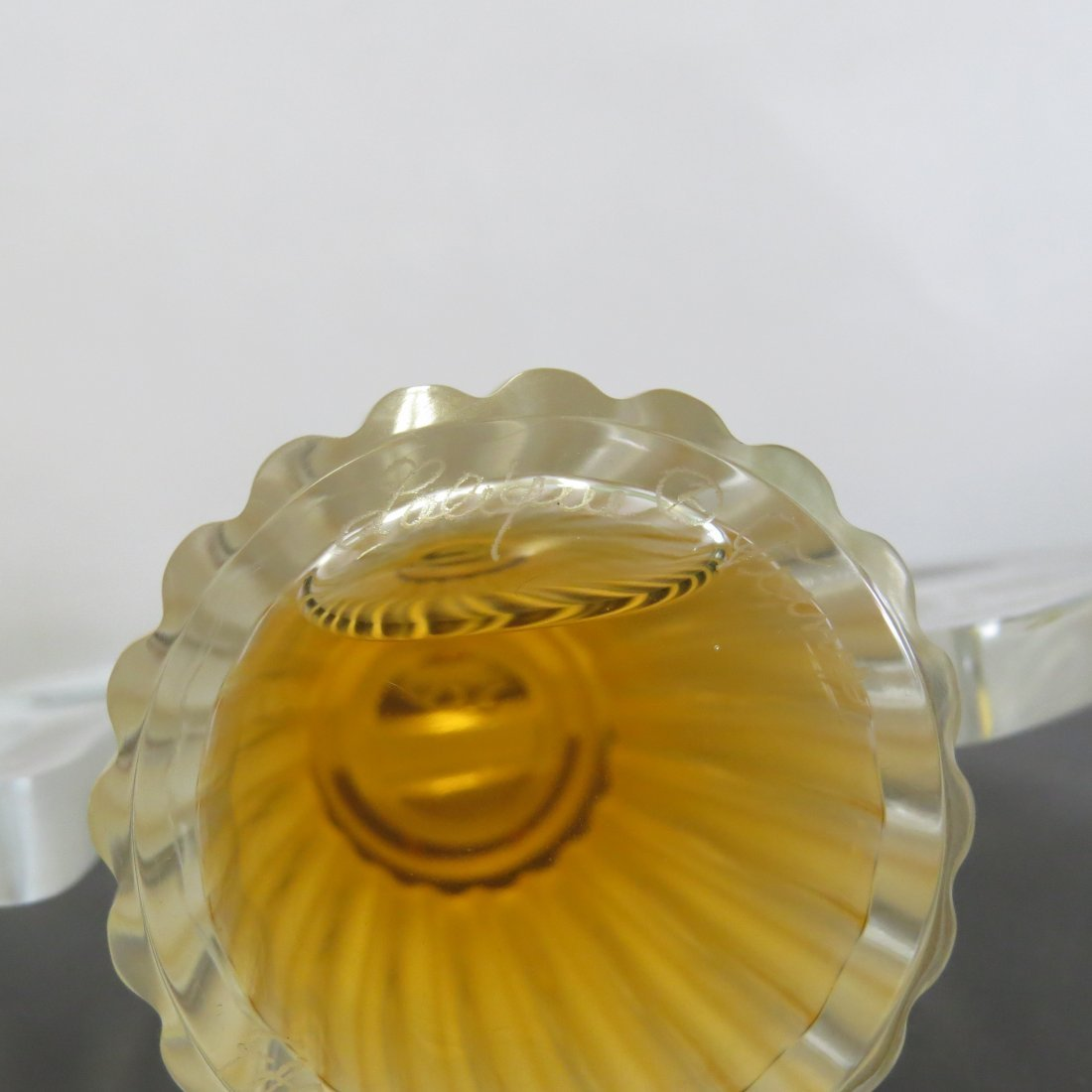 A Lalique Frosted and Clear Crystal 'Ondines' Perfume - 4
