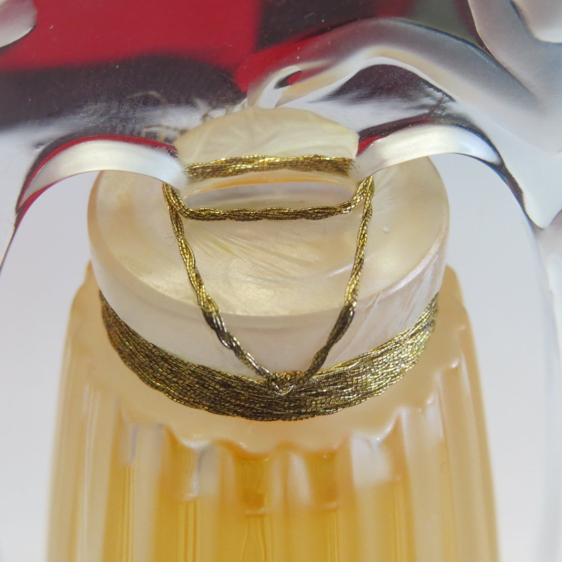 A Lalique Frosted and Clear Crystal 'Ondines' Perfume - 8