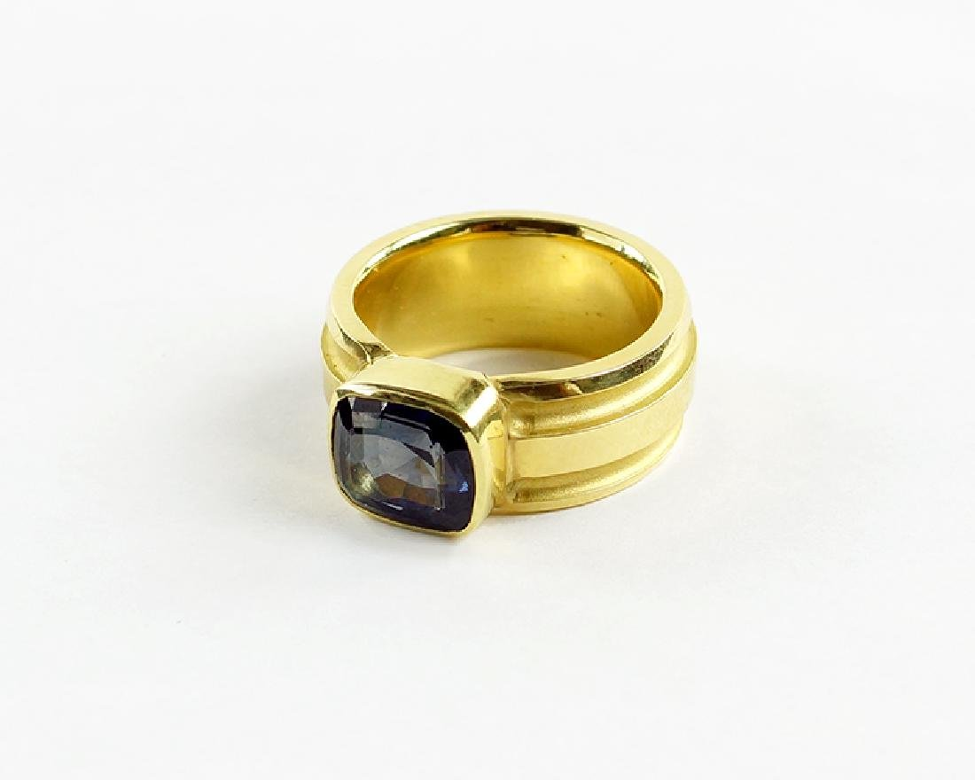 A Blue Spinel Ring.