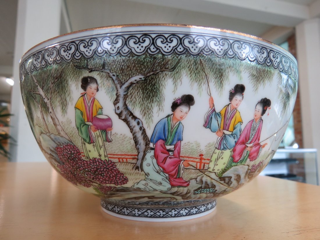 A Pair of Chinese Republic Porcelain Bowls. - 5