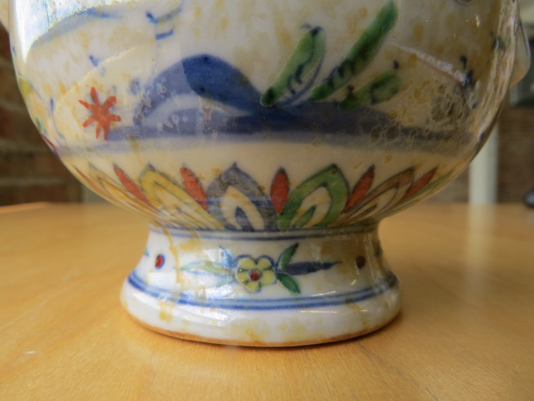 Two Chinese Doucai Glazed Porcelain Vessels. - 6