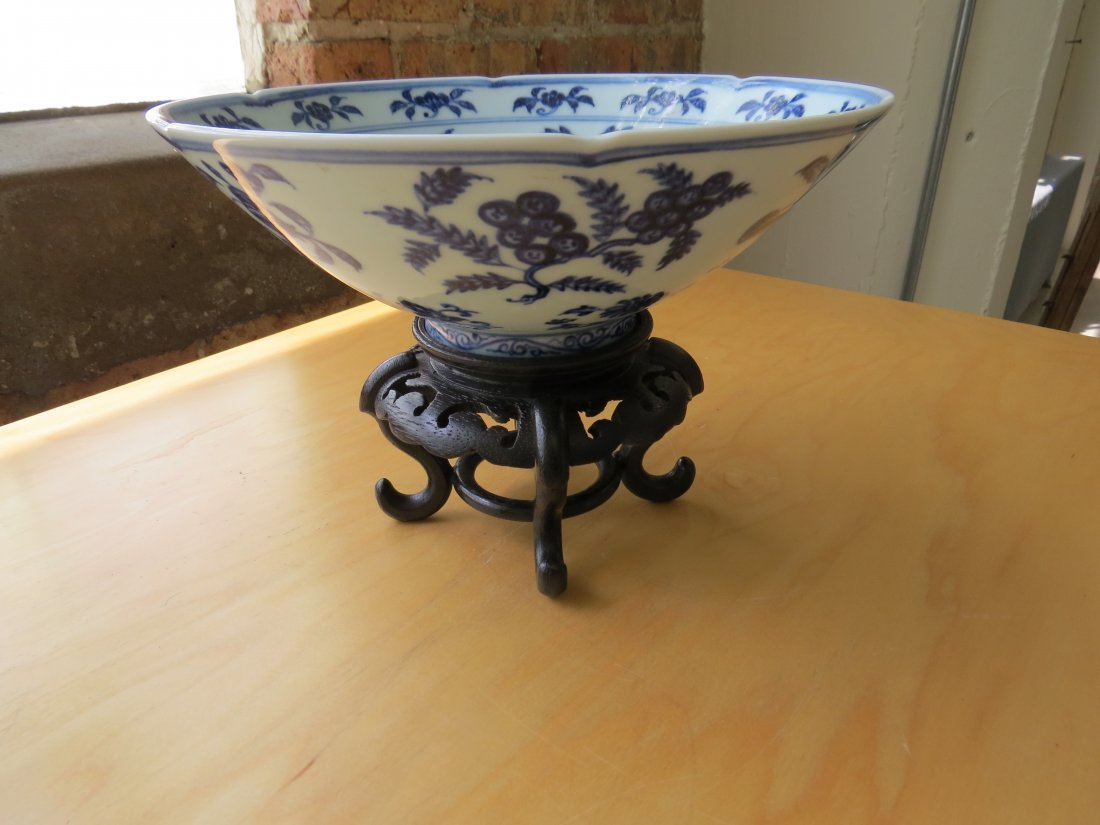 A Chinese Blue and White Porcelain Conical Bowl. - 6