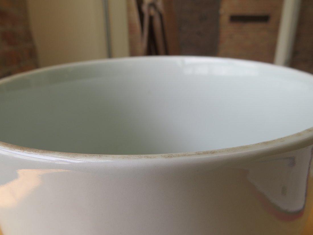 A Chinese Famille Verte Porcelain Brush Pot. - 6