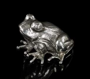 A Buccellati Sterling Silver Frog.