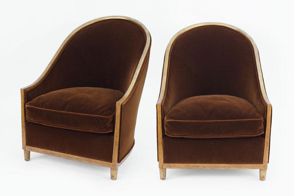 A Pair of Niermann Weeks Art Deco Style Barrel Back