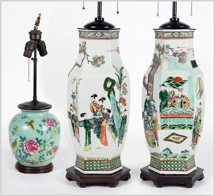 A Pair of Chinese Famille Verte Porcelain Vases.