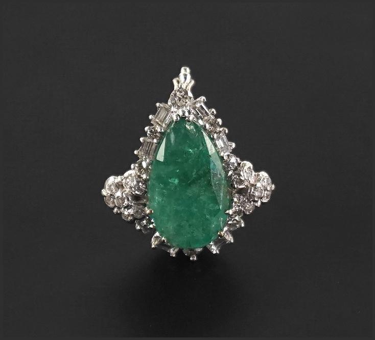 An Emerald & Diamond Enhancer / Necklace Clip.