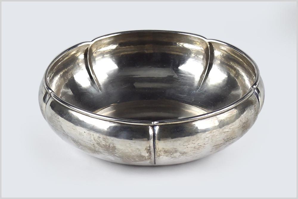 A Kalo Sterling Silver Bowl.