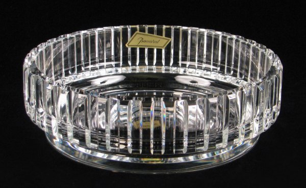 692020: BACCARAT CRYSTAL CENTER BOWL IN THE ROTARY PATT