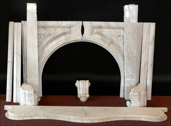 711008: WHITE MARBLE FIREPLACE SURROUND.