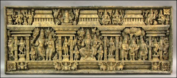 713014: INDIAN CARVED WOOD PANEL.