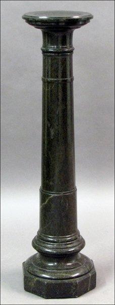 731024: GREEN MARBLE PEDESTAL.