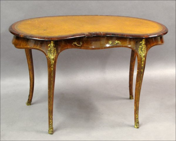 741022: FRENCH INLAID ROSEWOOD WRITING TABLE, 19TH CENT