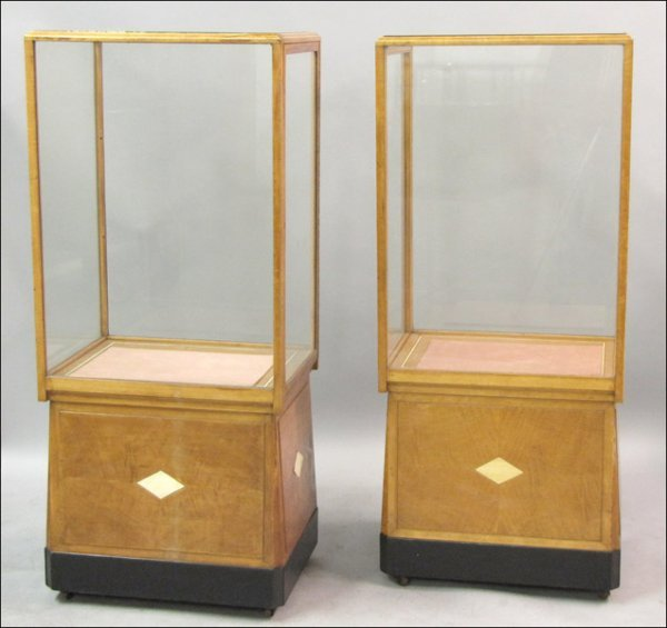 PAIR OF ART DECO MAPLE DISPLAY CABINETS.