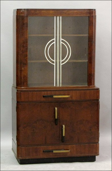 ART DECO MAHOGANY AND GLASS CABINET.