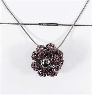 A Louis Vuitton 1001 Nuits Necklace.