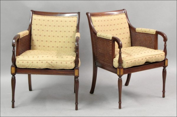 821001: PAIR OF REGENCY STYLE MAHOGANY UPHOLSTERED OPEN