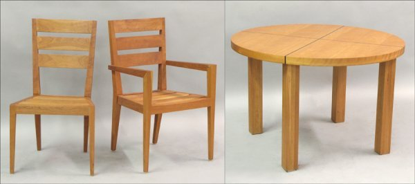 821005: CONTEMPORARY MAPLE DINING SUITE.