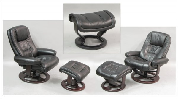 821012: PAIR OF CONTEMPORARY LEATHER LOUNGE CHAIRS.