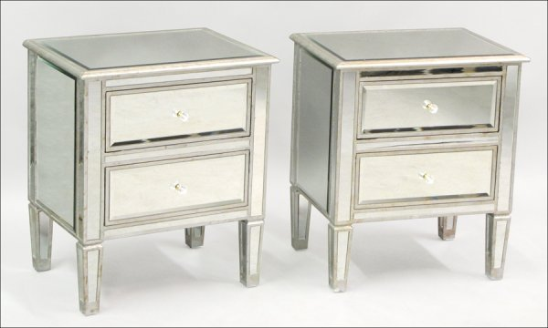 821018: PAIR OF MIRRORED AND SILVER GILT NIGHT STANDS.
