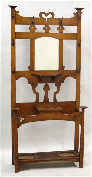 821022: LATE 19TH CENTURY ENGLISH OAK HALL STAND.