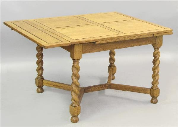 851009: OAK BARLEY TWIST EXTENSION DINING TABLE.