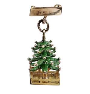 A 14 Karat Yellow Gold Christmas Tree Brooch.