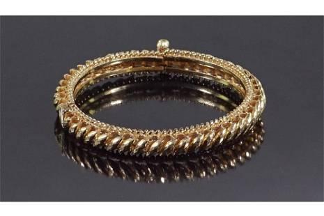 A 20 Karat Yellow Gold Bangle Bracelet.