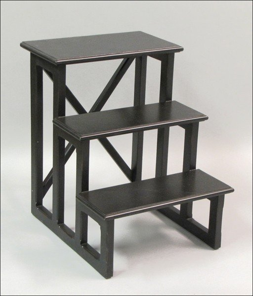 871008: CONTEMPORARY PAINTED WOOD THREE-STEP SIDE TABLE