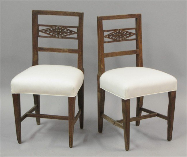 911022: PAIR OF 19TH CENTURY ITALIAN CARVED BEECHWOOD S