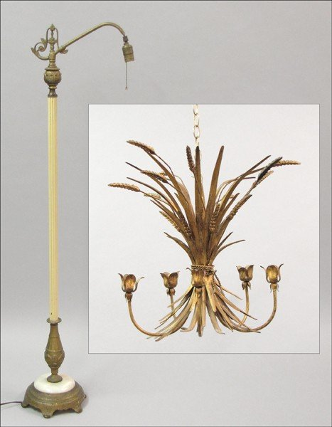 921024: PAINTED AND GILT METAL FLOOR LAMP.
